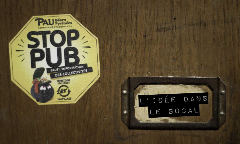 L'autocollant Stop Pub sur la boite aux lettres